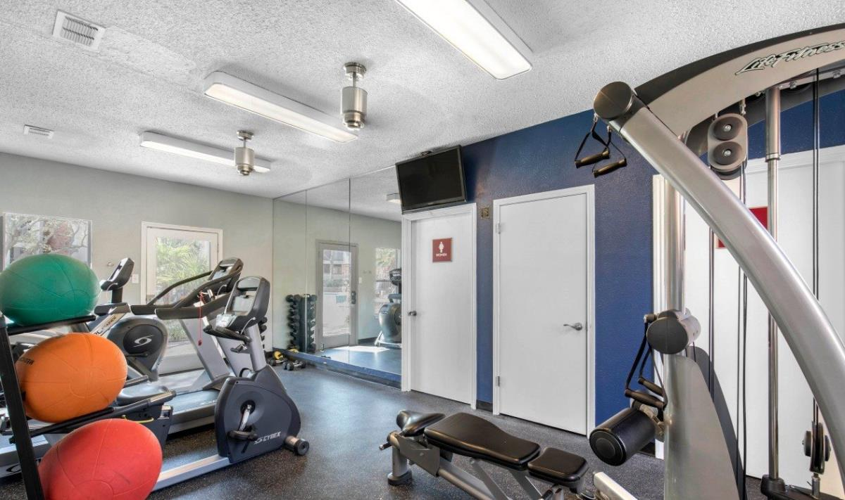 Fitness at Listing #136984