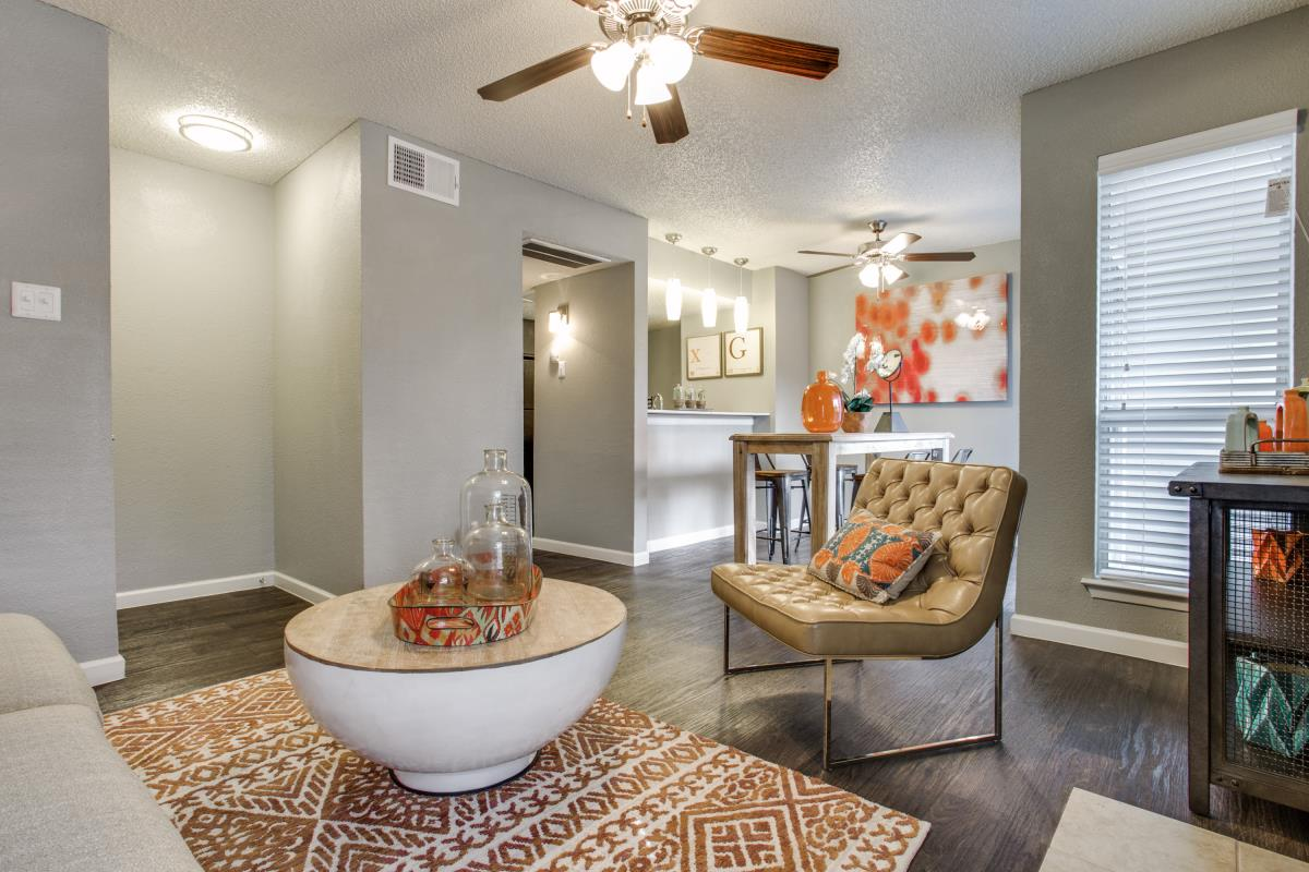 Living/Dining at Listing #136739