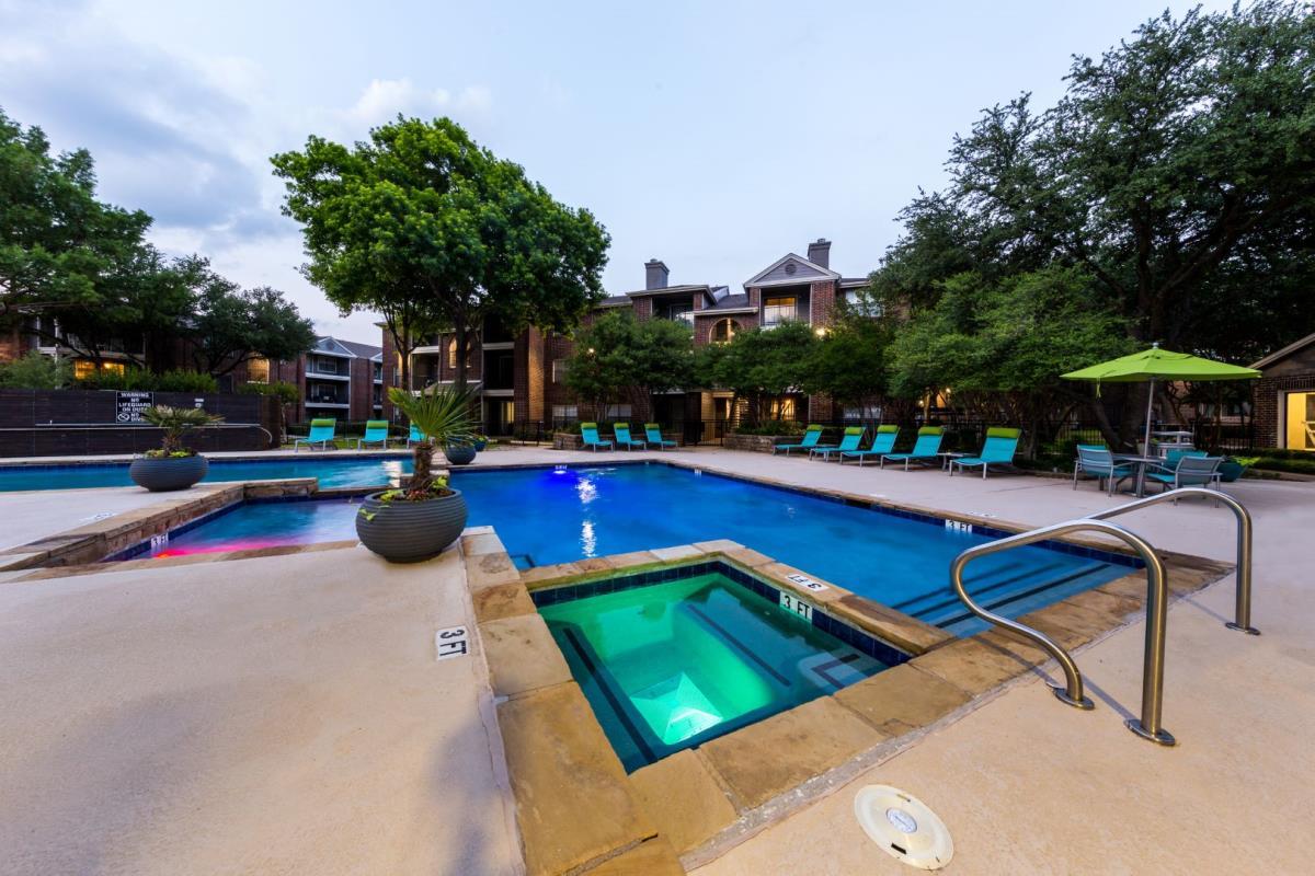 Pool at Listing #135706