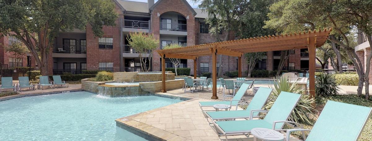 Pool at Listing #135711