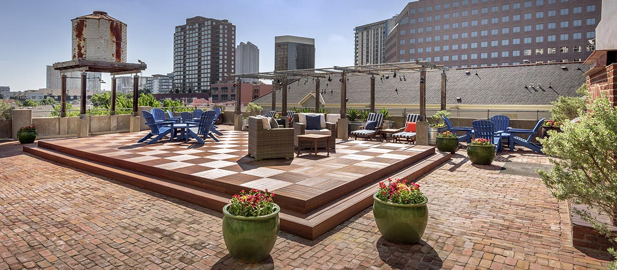 Rooftop Deck at Listing #137576