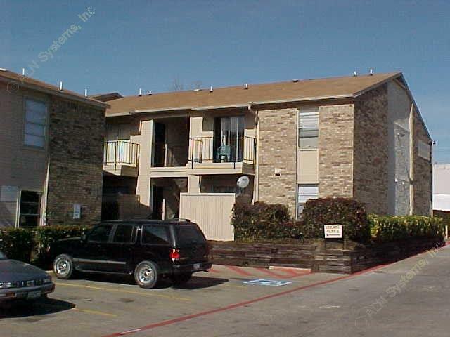 Parkway Garden/Norvell Garden Apartments Dallas TX