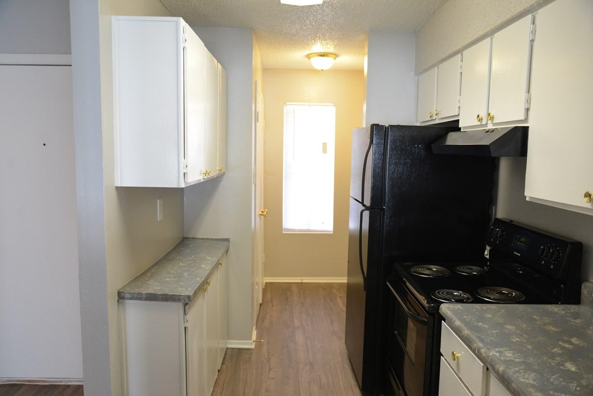 Kitchen at Listing #139988