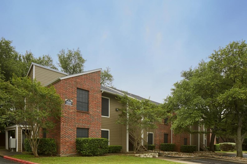 High Oaks Apartments