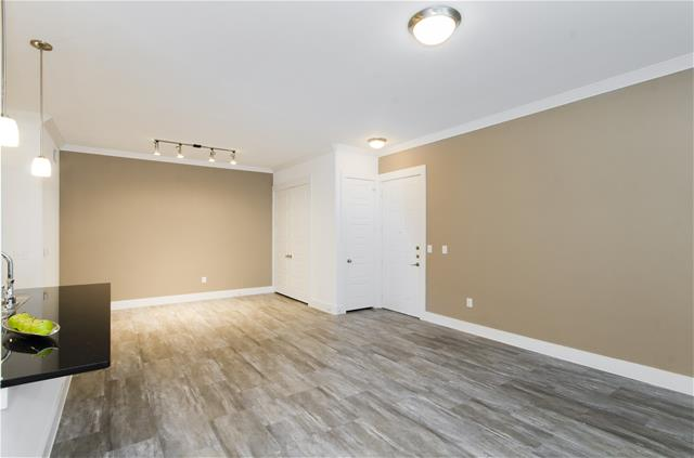 Living at Listing #260473