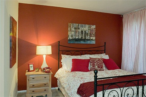 Bedroom at Listing #138276