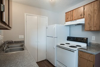 Kitchen at Listing #136244