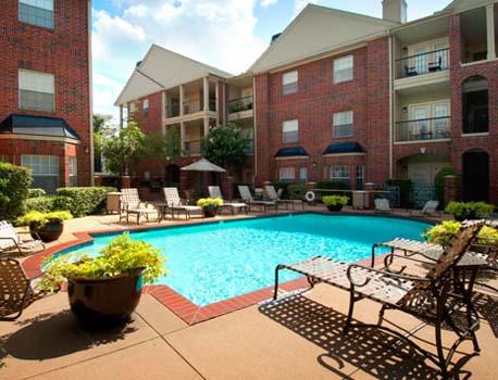 Pool at Listing #138918