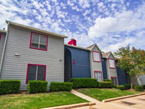 Exterior at Listing #140534