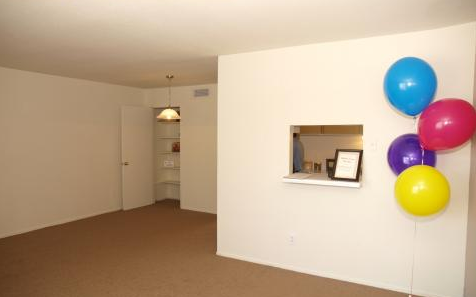 Living at Listing #139188