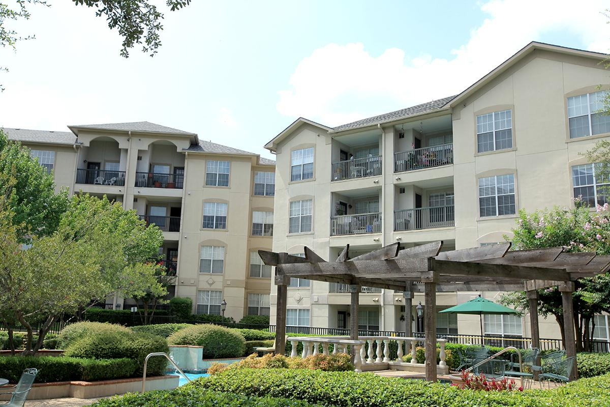 Waterford at Goldmark Apartments