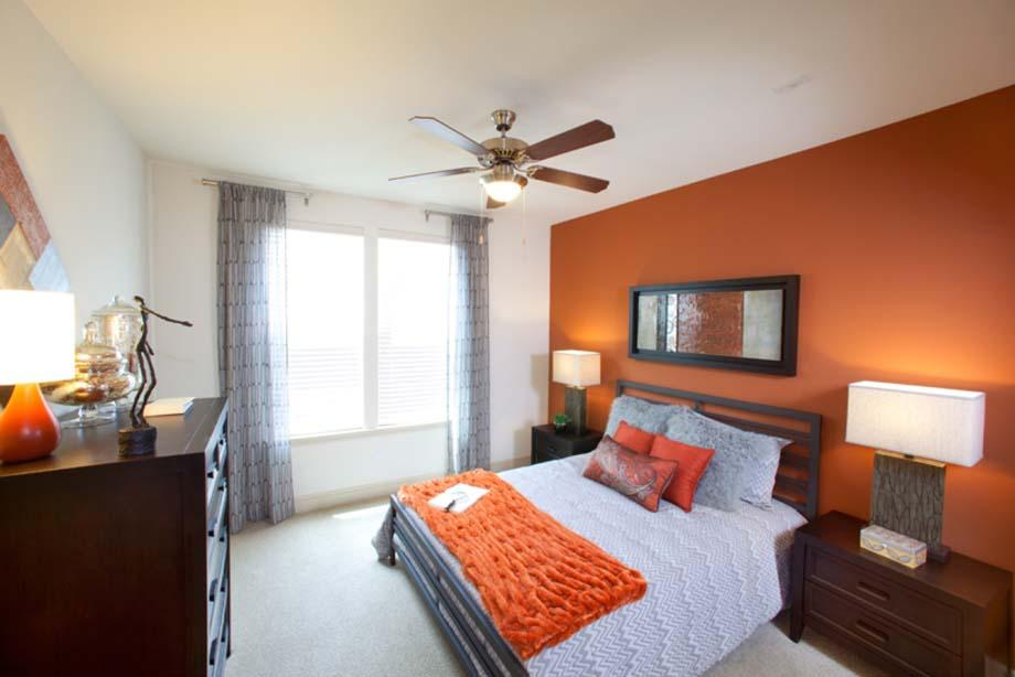 Bedroom at Listing #146426
