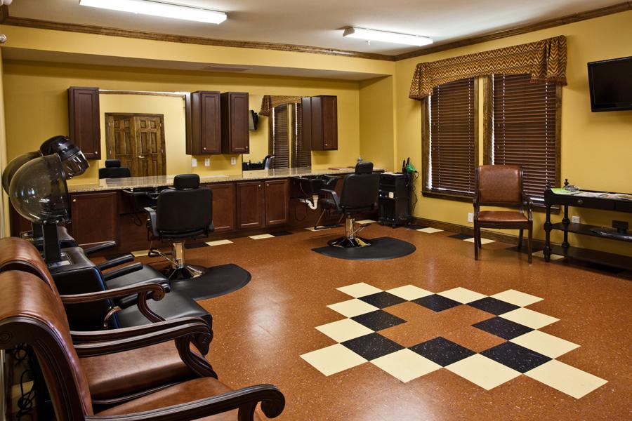 Salon at Listing #147490