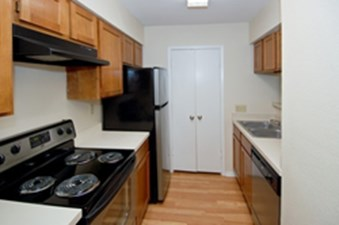 Kitchen at Listing #140272