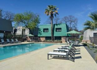 Pool at Listing #140584