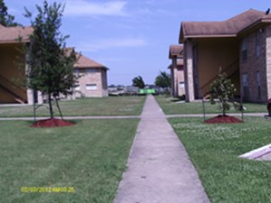 Exterior at Listing #139301