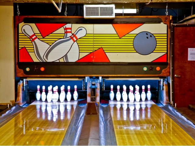 Bowling at Listing #144721