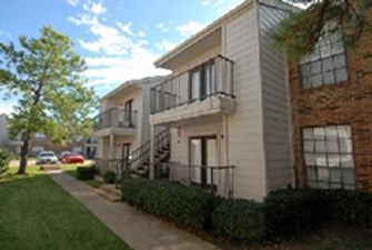 Exterior at Listing #145722