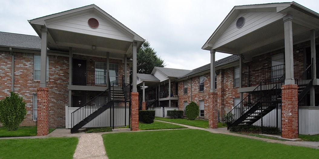 Prestonwood Apartments