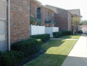 Exterior at Listing #217963