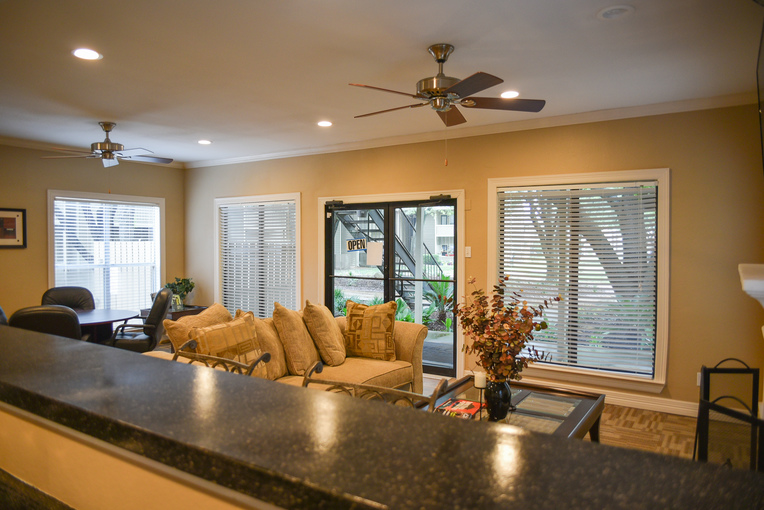 Living at Listing #137526