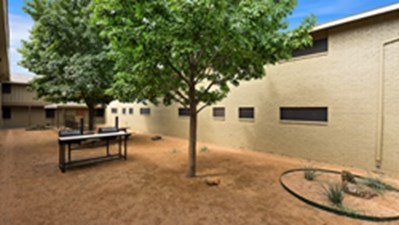 Picnic Area at Listing #137390