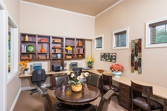 Business Center at Listing #144533