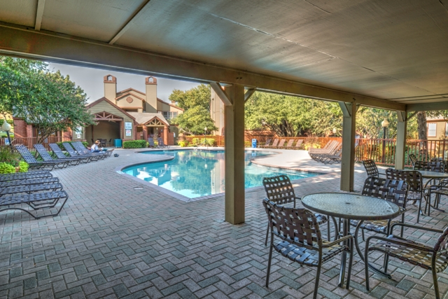 Pool at Listing #136182