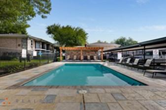 Pool at Listing #144479