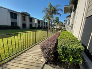 Courtyard at Listing #139600