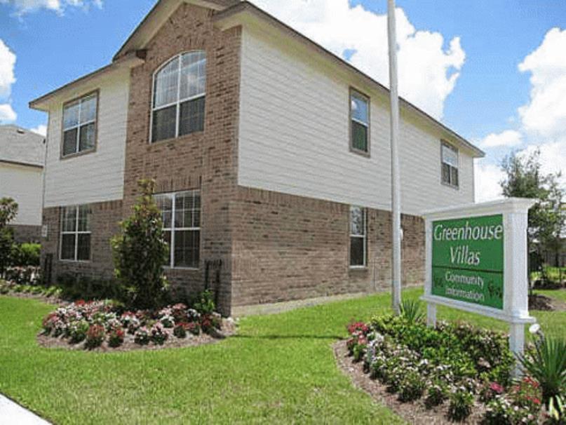 Greenhouse Villas Apartments
