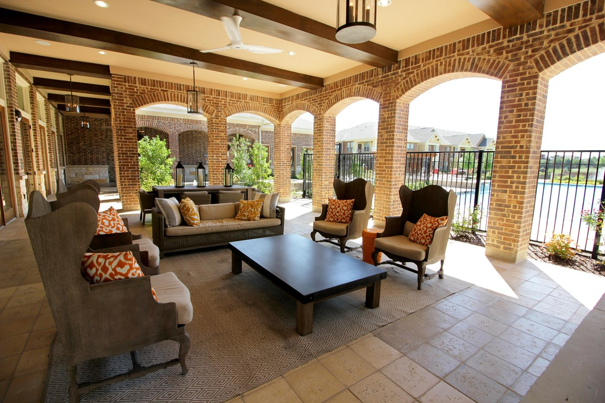 Lounge at Listing #275580