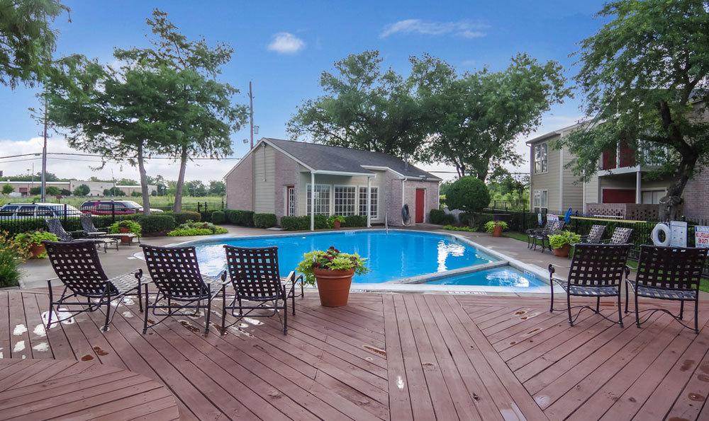 Pool at Listing #139577