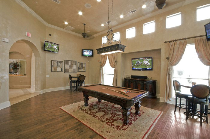 Gameroom at Listing #147021