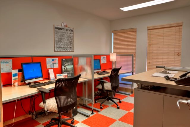Business Center at Listing #135826
