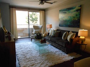 Living at Listing #137699