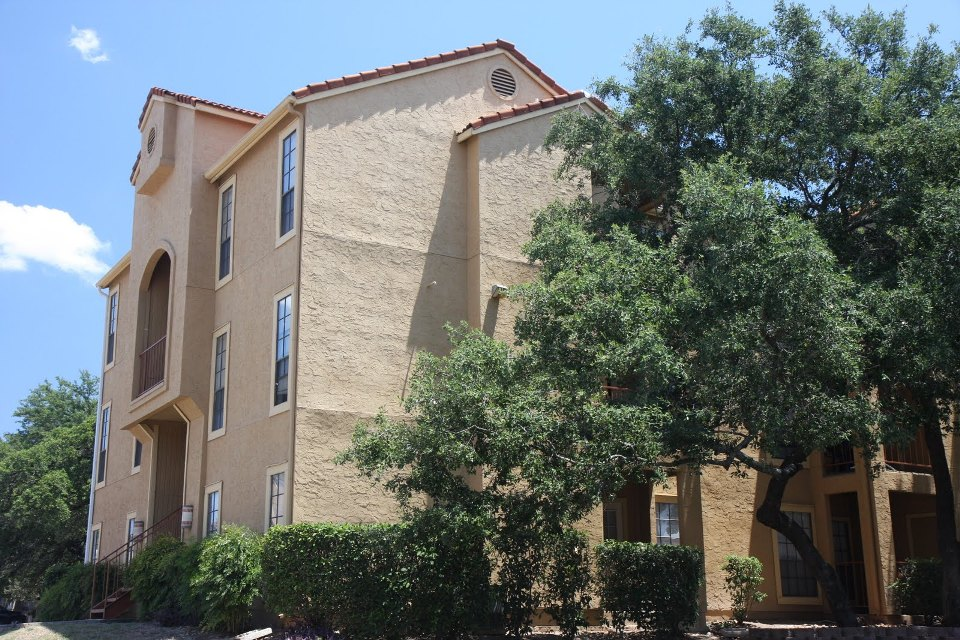 Villas of Henderson Pass Apartments San Antonio TX