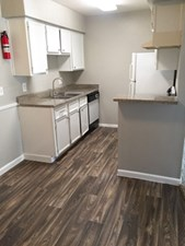 Kitchen at Listing #139549