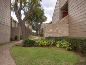 Exterior at Listing #139822