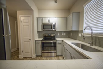 Kitchen at Listing #137860