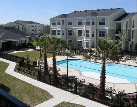 Pool at Listing #147427