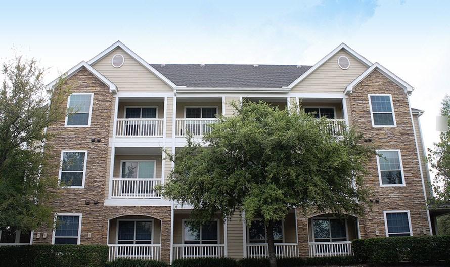 Lodge at Stone Oak Ranch Apartments
