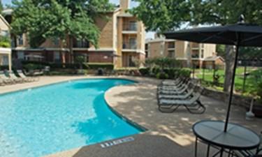 Pool at Listing #136590