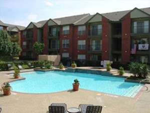 Pool at Listing #137578