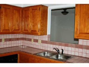 Kitchen at Listing #140639