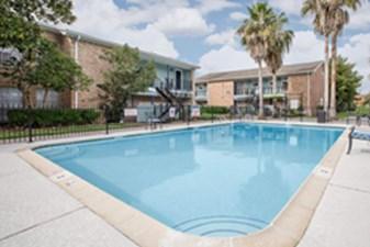 Pool at Listing #138427
