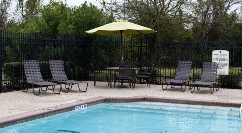 Pool at Listing #140133
