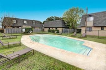 Pool at Listing #144059