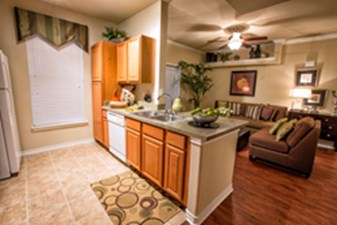 Living/Kitchen at Listing #144538