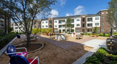 Courtyard at Listing #278172